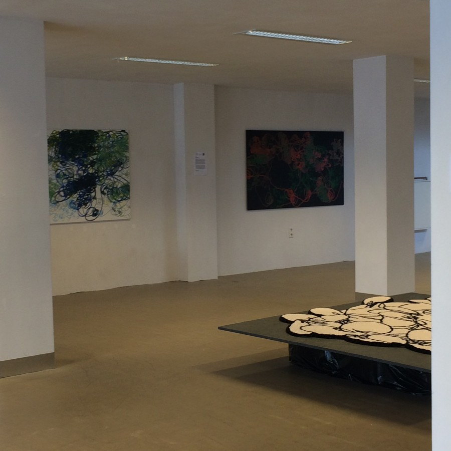 Robotic Paintings and Flow carpet by Ilona Lenard