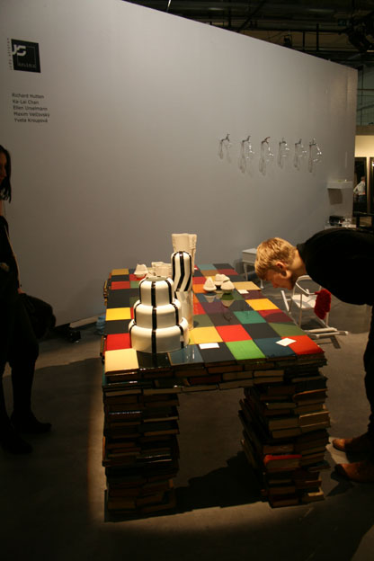Booktable by Richard Hutten, Watertabs by Ellen Urselmann