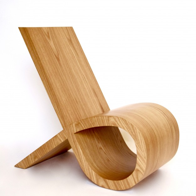 ribbon chair by Mischa van der Wekke