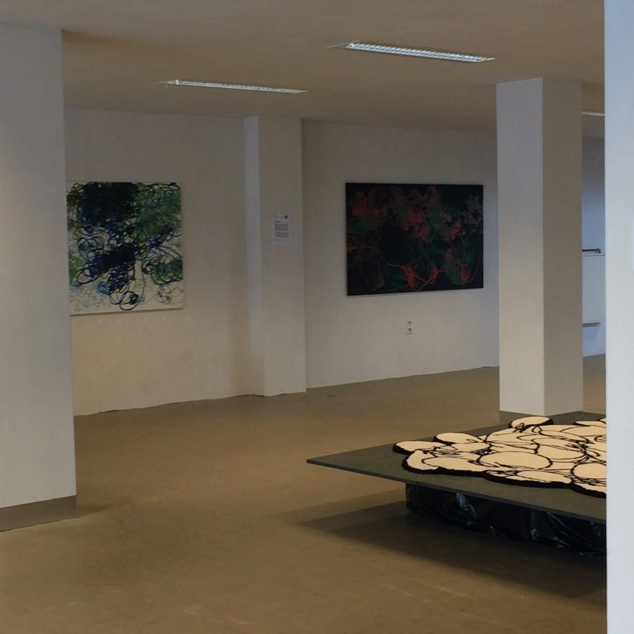 Robotic Paintings and Flow carpet by Ilona Lenard