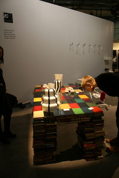 Booktable by Richard Hutten, Watertabs by Ellen Urselmann